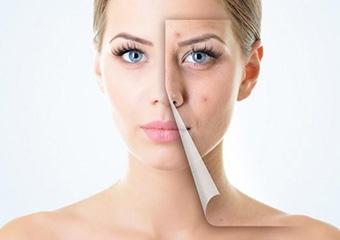Makyajla uyumanın cilde zararları
